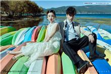 香格里拉婚纱照的绚丽风光