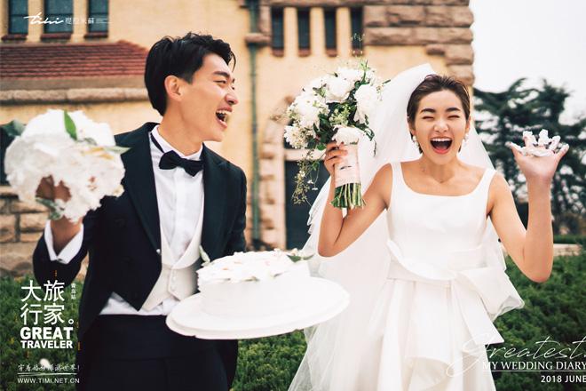 青岛拍婚纱照新人该怎么笑好看?