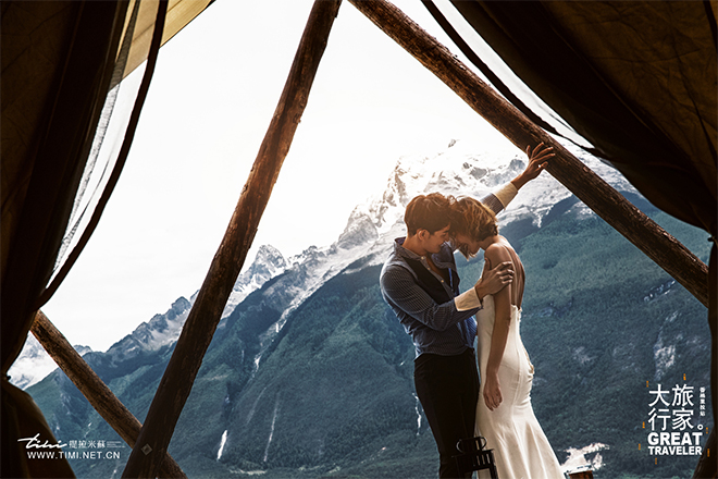 去遇见你最美的香格里拉婚纱照